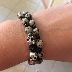 Jewelry - Dalmatian jasper/onyx skull bracelet NWOT